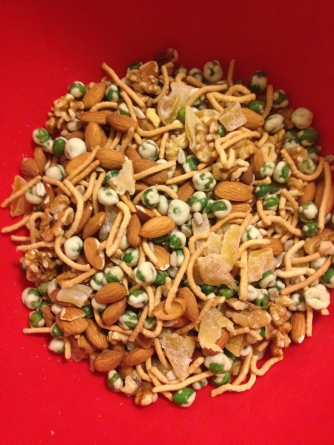 Walnuts, almonds, dried mango, wasabi peas, and chow mein noodles.
